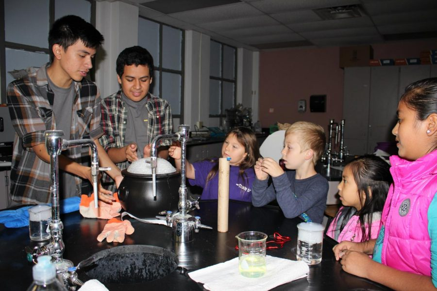 Science Club hosts Saturday for Science