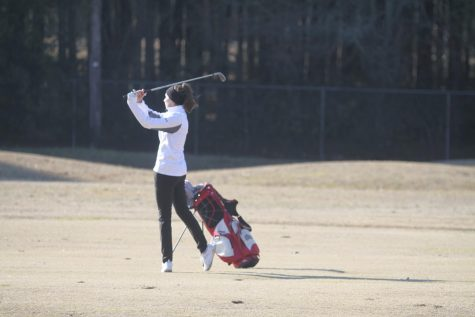 Golf plays at invitational meet in Tyler