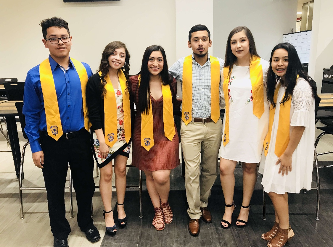 From left: juniors Carlos Muniz and Maria Morales, seniors Angie Chirino and Jordi Contreras and juniors Perla Vazquez and Yajayra Aleman. Photo courtesy of Edward Barron.