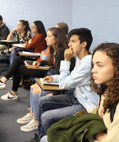 Journalism students travel to Lindale for workshop