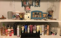 Simply placing things in baskets and clearing away trash can make things like shelves seem very organized.